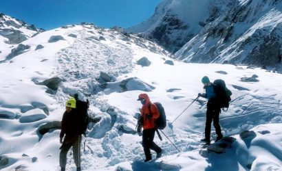 Trek to Manaslu Circuit